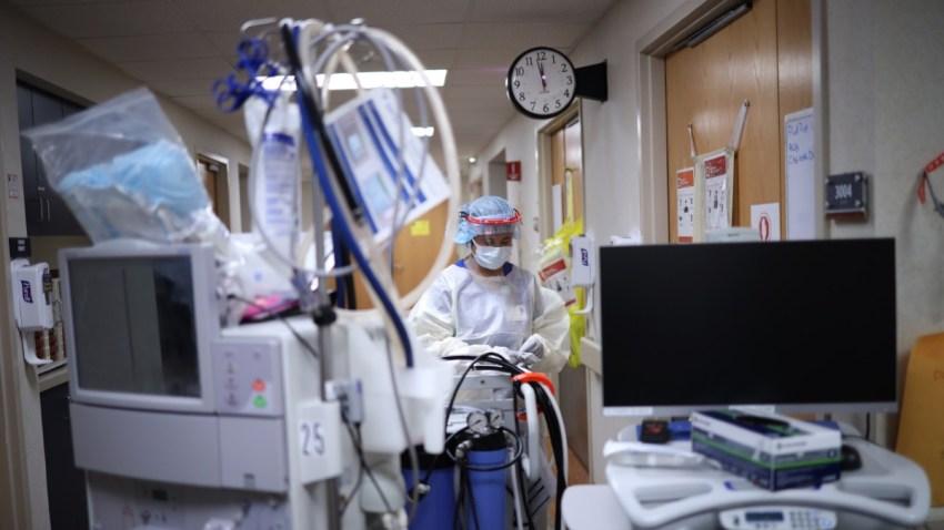 Las hospitalizaciones en Texas, Florida y California registran los mayores números en el país.