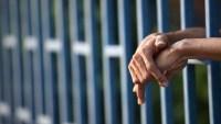 Reportan el primer infectado con coronavirus bajo custodia de ICE