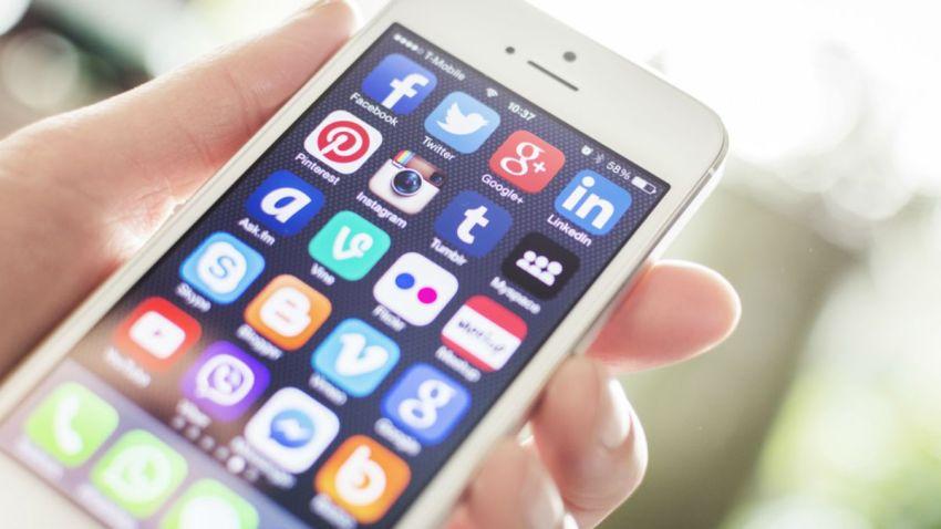 TLMD-generica-iphone-ios-celular-telefono-apps-shutterstock_175661042