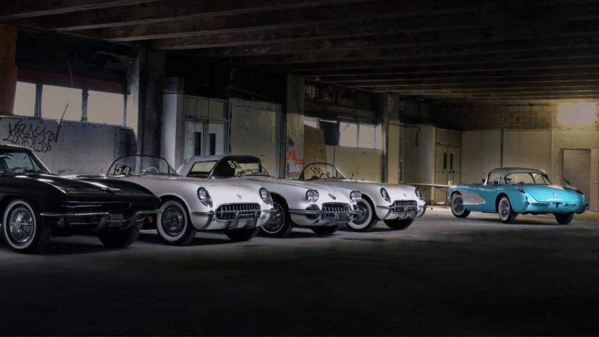 La colección de Corvette que estuvieron abandonados en un estacionamiento de NYC por 25 años,