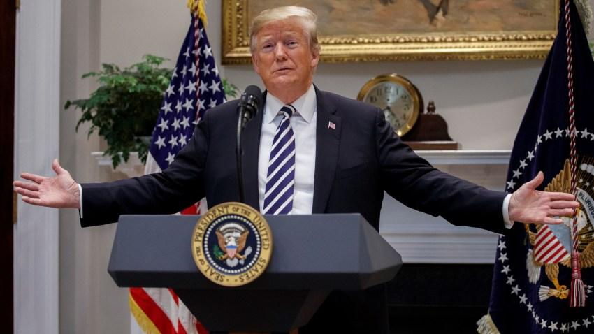 Trump dice que el Ejército podría abrir fuego si es apedreado