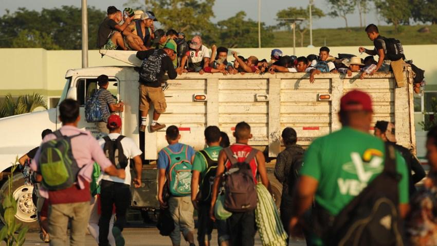 La caravana migrante espera que la fe en Dios ablande el corazó