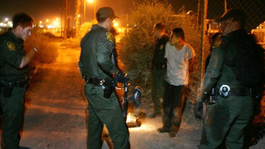 71194501DM031_Migrants_Atte