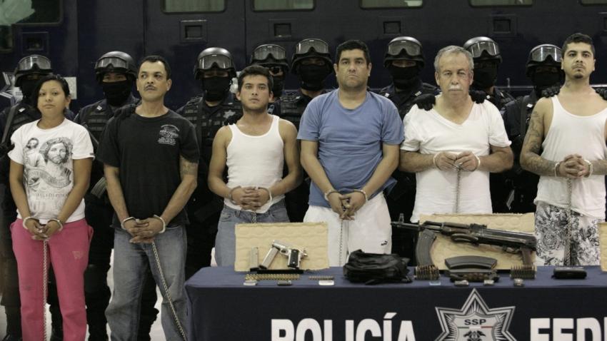 Grupo de detenidos del Cártel del Golfo.