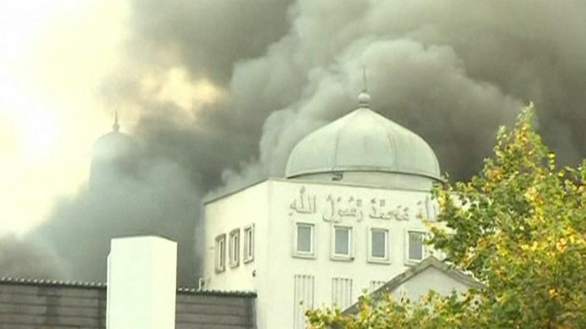 mezquita-londres-incendio