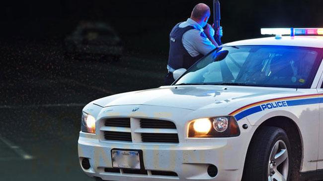 policia-detiene-a-mujer-por-manejar-en-sentido-contrario2
