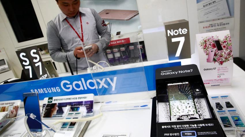 Samsung suspende las ventas globales de su teléfono Galaxy Note