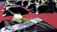Cita dolorosa: familias reciben urnas con restos de mexicanos que murieron en NY