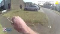 Impactante persecución: sospechoso armado huye y el policía le da una lección