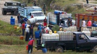 Enfrentamiento de fuerzas armadas con huachicoleros en Puebla