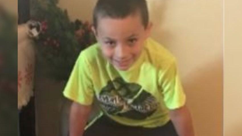Policía de Mesa busca a niño desaparecido de 9 años