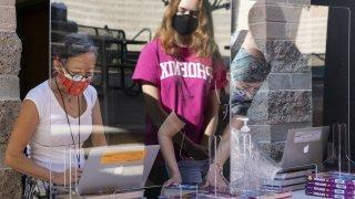 Proyecto de ley ampliaría los fondos fiscales para las escuelas privadas en Arizona