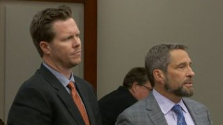 Paul Petersen ingresa a prisión para cumplir la primera de tres sentencias por adopciones ilegales