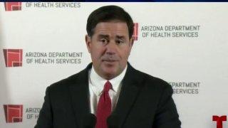 Ducey envía carta de preocupación a la administración de Biden sobre los cambios en la política fronteriza