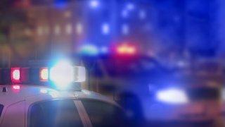 Encuentran a dos hombres baleados en habitación de motel en Phoenix