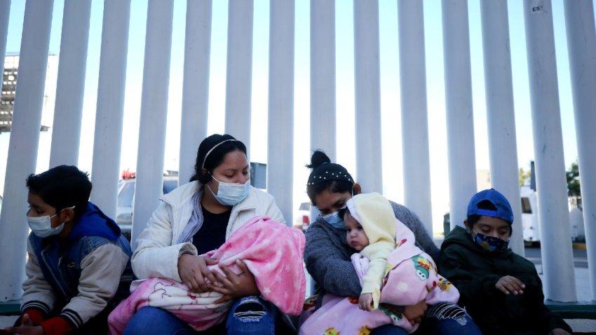 Inicia llegada de solicitantes de asilo a Tucson