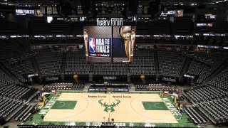 Los Suns llegan a Milwaukee en busca del 3-0