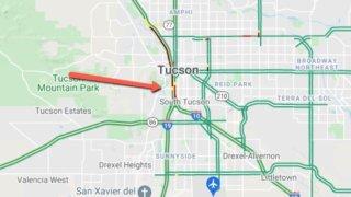 Volcadura provoca cierre en la I-10 cerca de la calle 22 en Tucson
