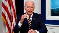 Biden apela fallo judicial que le impide expulsar a migrantes con niños interceptados en la frontera