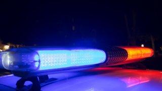 Identifican a hombre que fue hallado baleado frente a casa al norte de Tucson