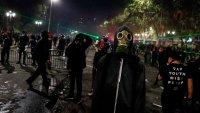 Chile: saqueos e incendios manchan el segundo aniversario de protestas históricas