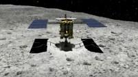 Científicos japoneses confirmaron la presencia de agua en el inmenso trozo de piedra que vuela por el espacio.