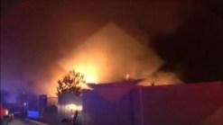 Video: Casa de Laveen termina rodeada por llamas