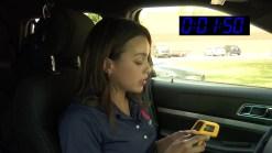 Calor extremo: ¡Encerrada por 3 minutos en vehículo!