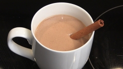 Video: Cómo hacer chocolate caliente al estilo mexicano