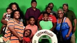 Sobrevive a naufragio pero pierde tres hijos, esposo y cinco familiares más