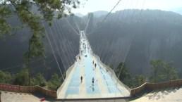 El puente de vidrio mas largo del mundo