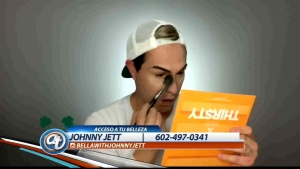 Belleza y maquillaje con Johnny Jett
