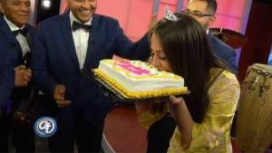 Acceso Total Arizona celebra el cumpleaños de Priscilla