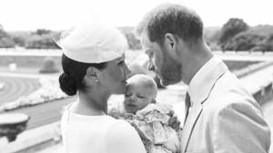 Revelan íntima foto del bautismo del pequeño Archie