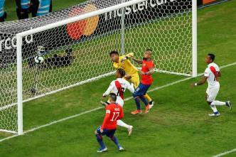 Pooooste, Chile no se rinde y casi anota