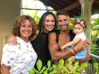 Tommy Ramos se reencuentra con su familia
