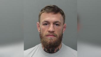Liberan a McGregor tras incidente violento con fanático