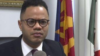 Alcalde de Douglas dice ser víctima de ataques racistas