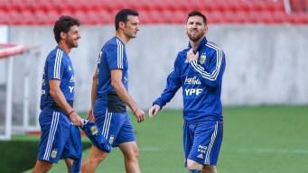"Sclaoni sale en defensa de Messi: ""siempre jugó bien"""