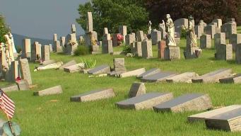 Unas 100 lápidas son vandalizadas en cementerio de NY