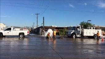 Conductores afectados tras ruptura de hidrante