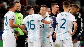 En un partido caliente, Argentina le gana 2-1 a Chile