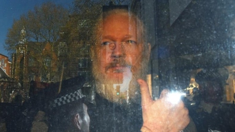 Reabren caso de violación contra fundador de WikiLeaks