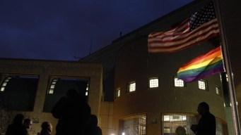 EEUU impide a embajadas ondear bandera de orgullo gay