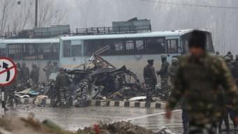 Bombazo asesino mata a decenas de policías
