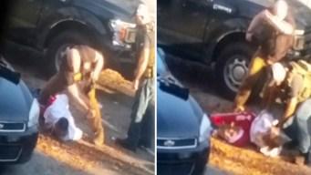 En video: brutal golpiza policial a hombre esposado