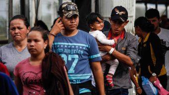 Caravana migrante avanza por el sur de México