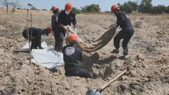 Siria: desentierran cientos de cadáveres de fosa común
