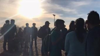 Más de 700 inmigrantes se entregan en la frontera