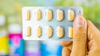 Estudiantes de primaria hospitalizados tras ingerir pastillas
